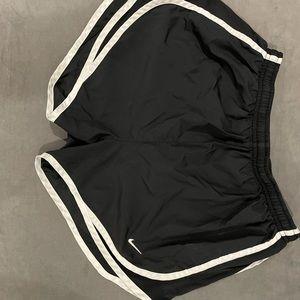 Women's Small Black Nike shorts
